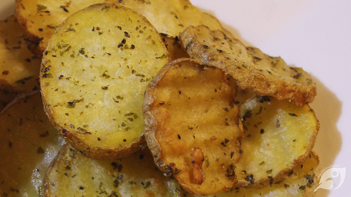 Crispy Double-Fried Homemade Potato Chips