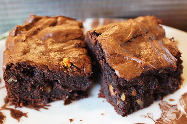 Gluten-Free Food: Decadent Dark Chocolate Avocado Brownies