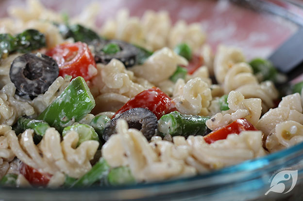 Gluten-Free Food: Asparagus and Pea Macaroni Salad on a bowl