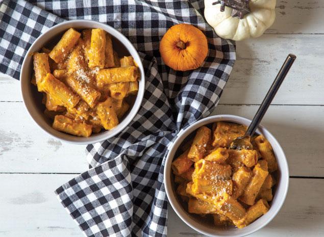 Pumpkin Mac & Cheese in bowls