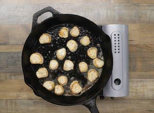 searing sea scallops in a pan
