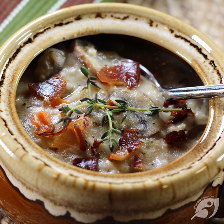 Closeup Creamy Wild Rice & Mushroom Soup in a bowl